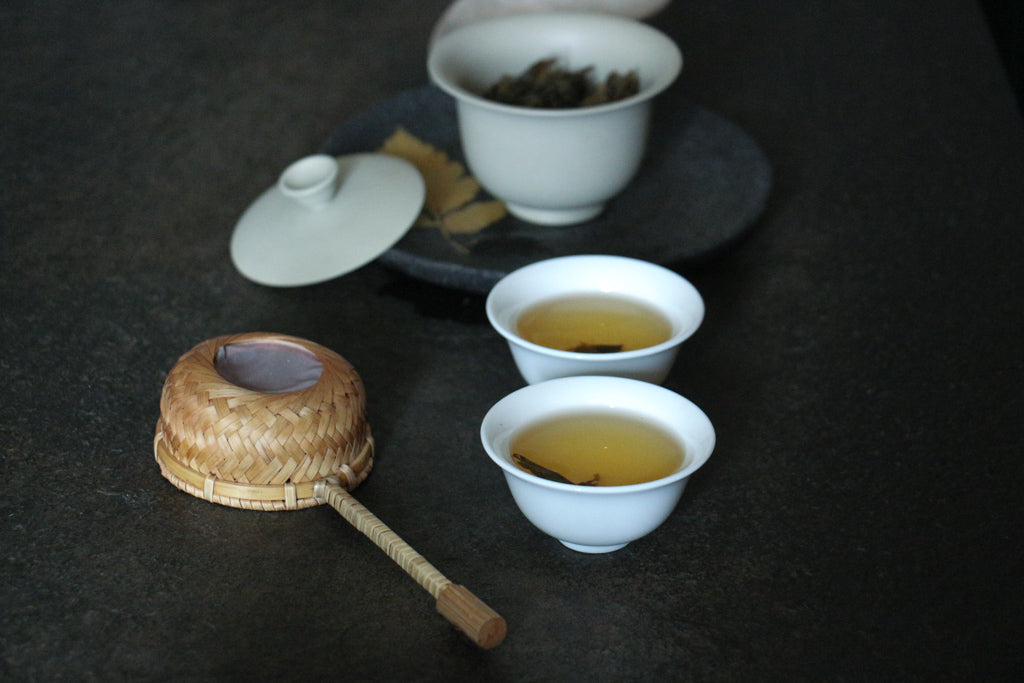 bulang tea brewing in two cups