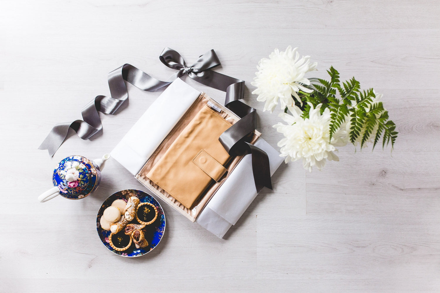 Tan Leather Nappy Clutch Gift Set