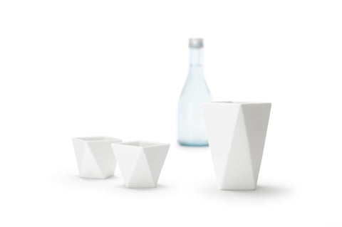Sake flask and cups