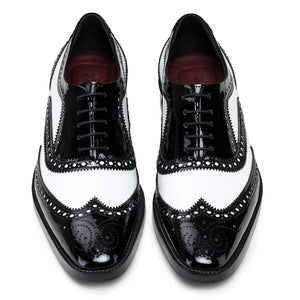Spectator Wingtip Oxford - Black & White