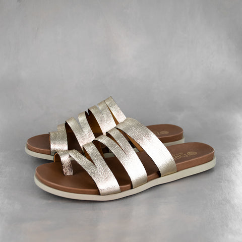 Chakide : Ladies Leather Sandal in Black Cayak