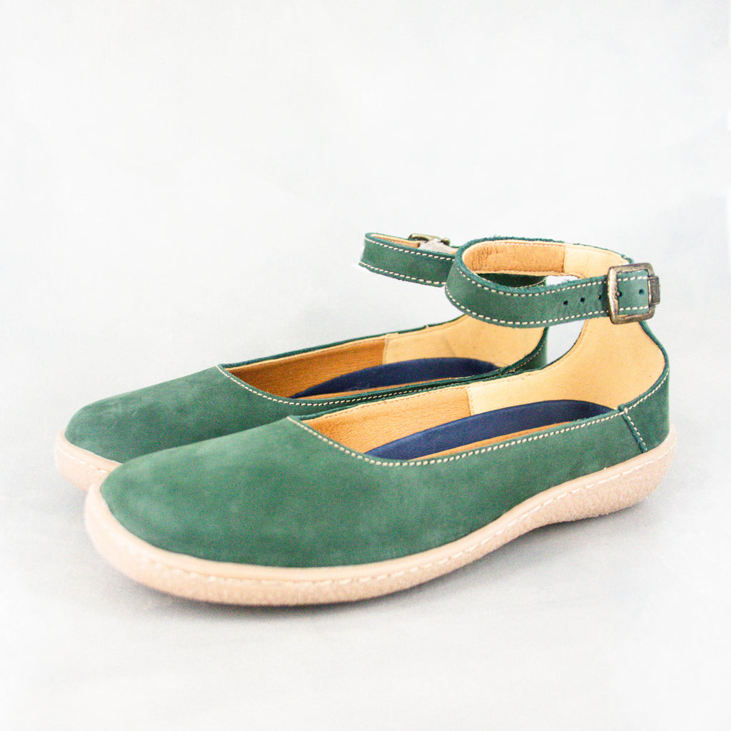 Magazini : Ladies Suede Shoe in Forest Nubuck