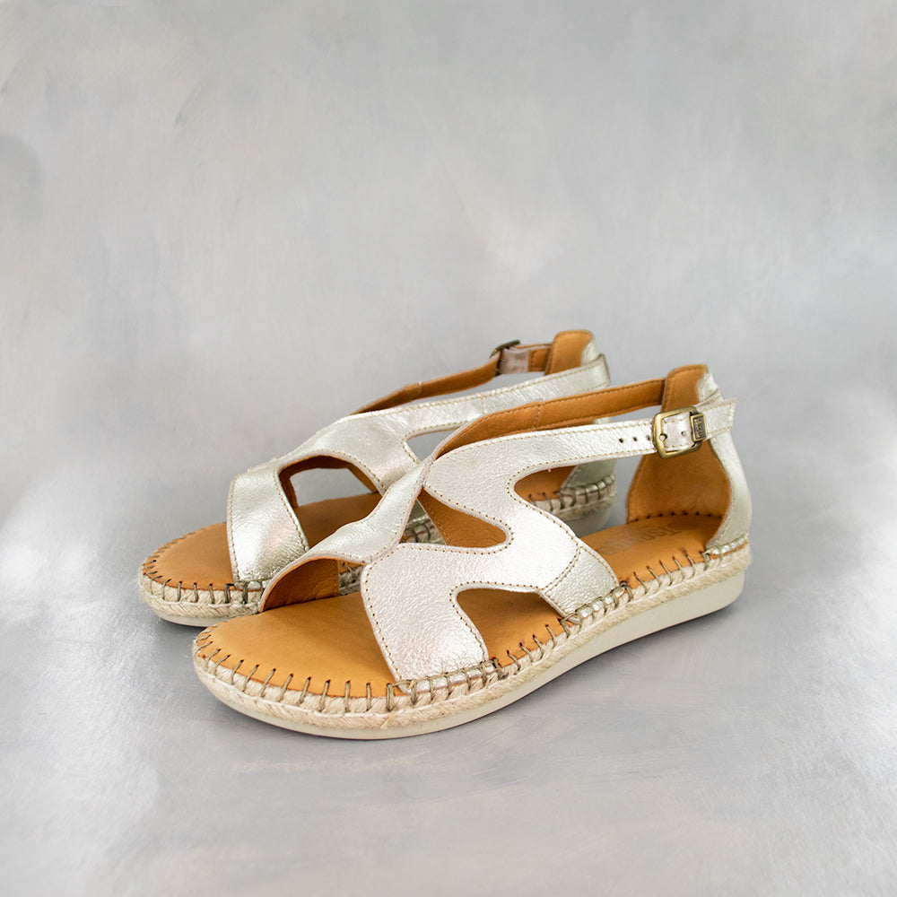 Sikavolo : Ladies Leather Espadrille Sandal in Bark Domus