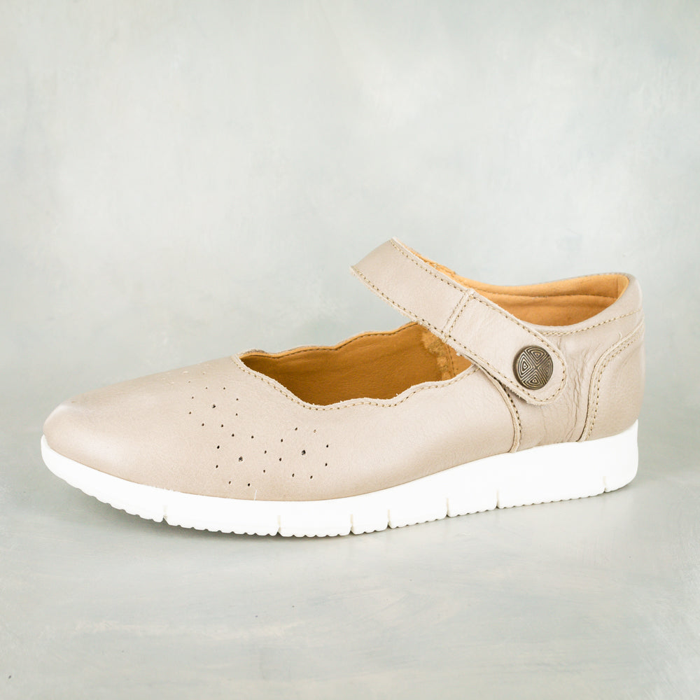 Malume : Ladies Leather Shoe in Gravel Vintage
