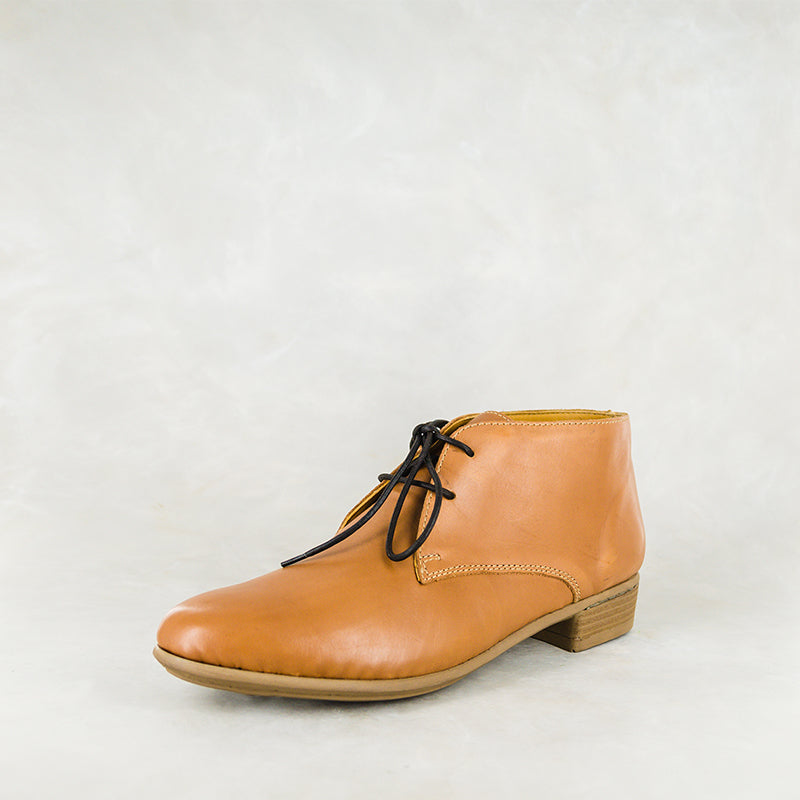 Sizayo : Ladies Leather Boot in Hazel Relaxa