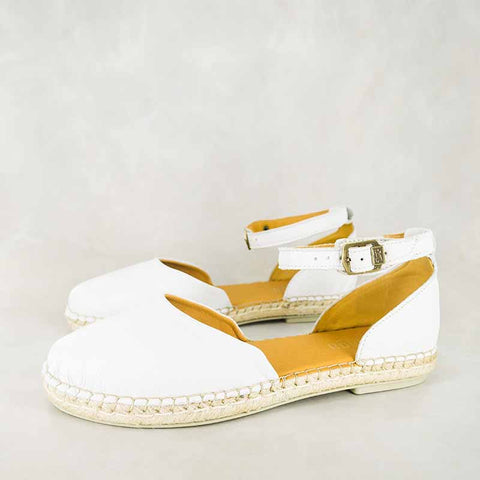Yingaba : Ladies Leather Sandal in Platino Metal Grain Sale