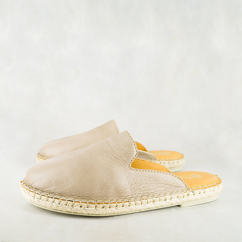 Indzima : Ladies Leather Espadrille Shoe in Rose Cayak