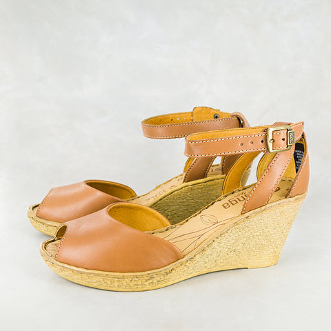 Shelufu : Ladies Leather Mid-Heel Sandal in Gravel Vintage & Donkey Relaxer