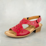 Ungeni : Ladies Leather Sandal in Valentino Cayak