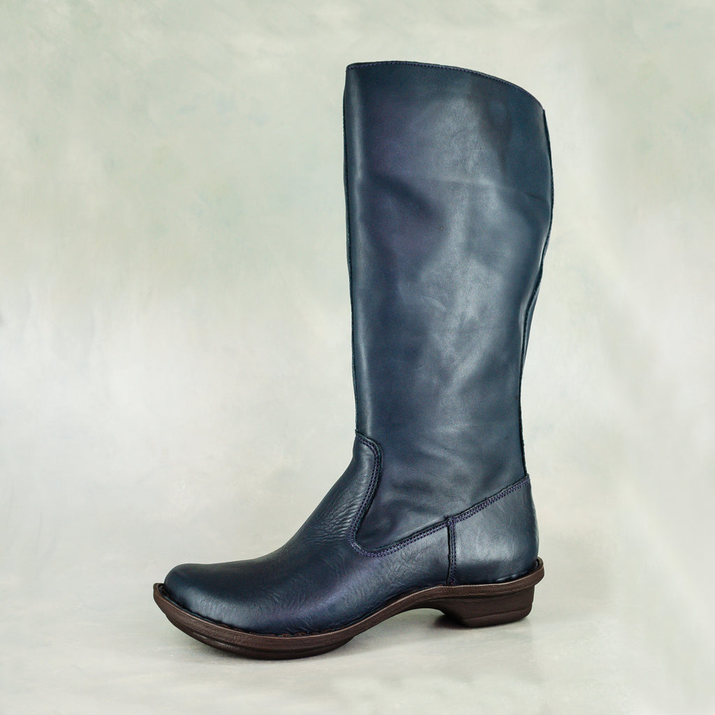 Vutha: Ladies Leather Mid-Calf Boot in Navy Relaxa