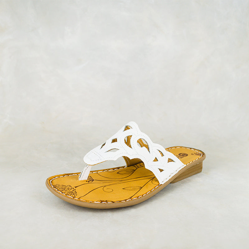 Gankla : Ladies Leather Sandal in White Cayak