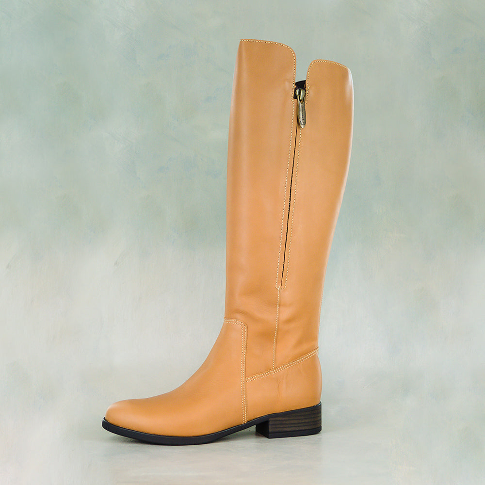 Umlalazi : Ladies Leather Boot in Hazel Relaxa