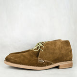 Ncenga : Mens Leather Veldskoen in Taupe Suede
