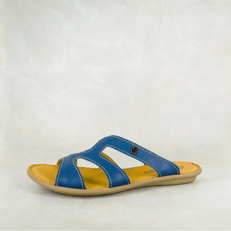 Nephula : Ladies Leather Tslops Sandal in Verlino Relaxa