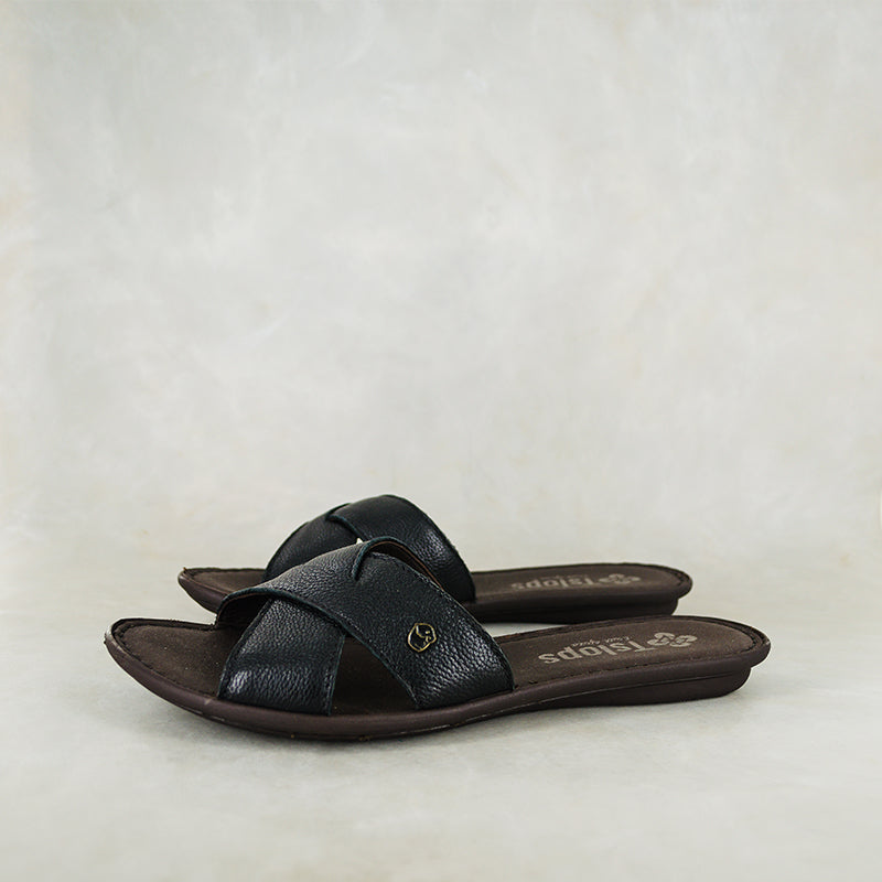 Baqaza : Ladies Leather Tslops Sandal in Black Cayak