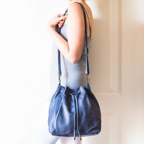 Nolitha : Ladies Leather Shopper Handbag in Black Vintage Sale