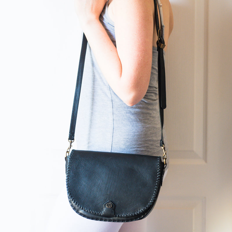 Mukela : Ladies Leather Handbag in Black Vintage & Antique Metal Grain