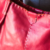 Novuka : Ladies Leather Handbag in Valentino Vintage