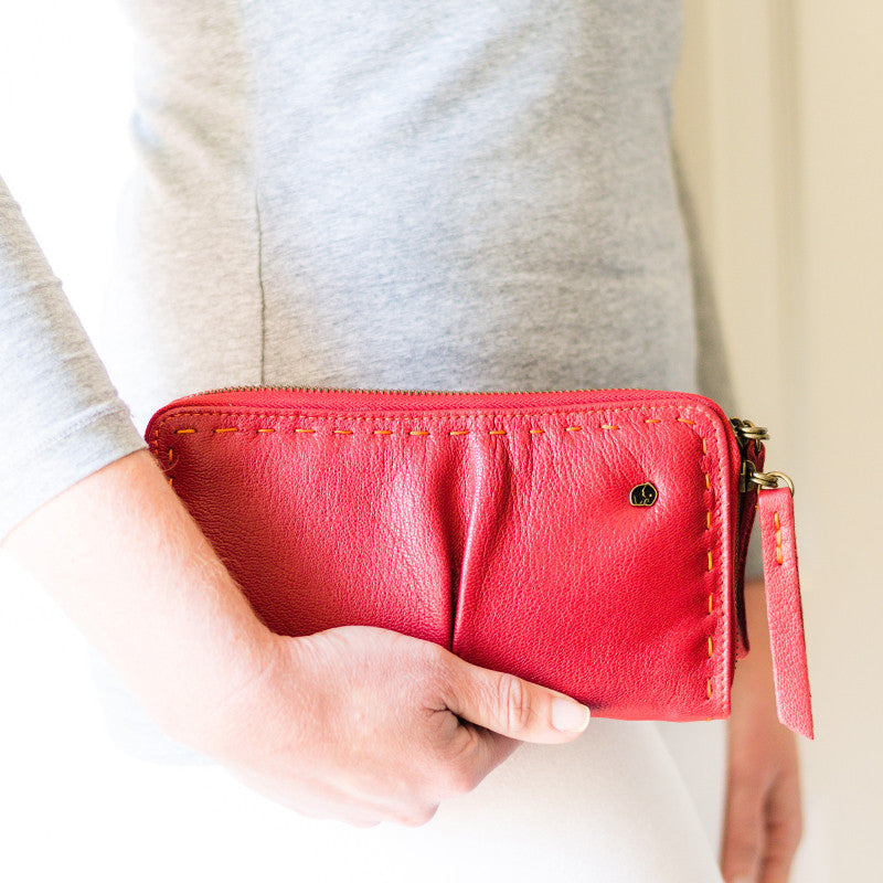 Olwethu : Ladies Leather Clutch Purse in Valentino Cayak