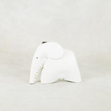 Parva : Small Elephant Family Accessory in White Leather