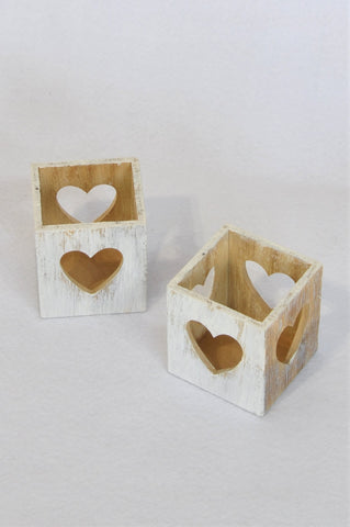 Unbranded Set of 2 White-washed Wooden Heart Cut-Out Candle Holders Decor Unisex