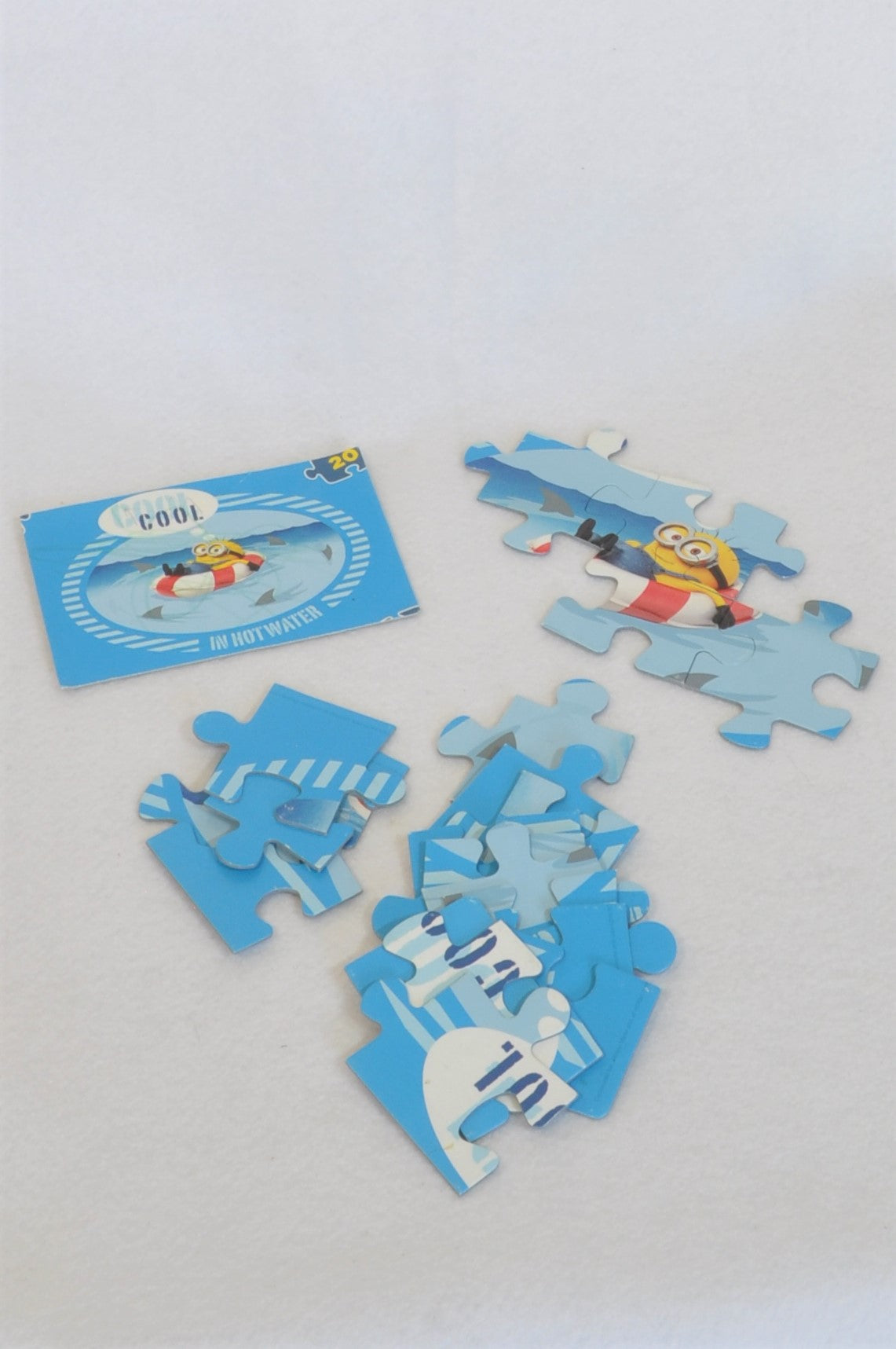 Unbranded 20 Piece Minion Cool In Hot Water Puzzle Unisex 2-6 years