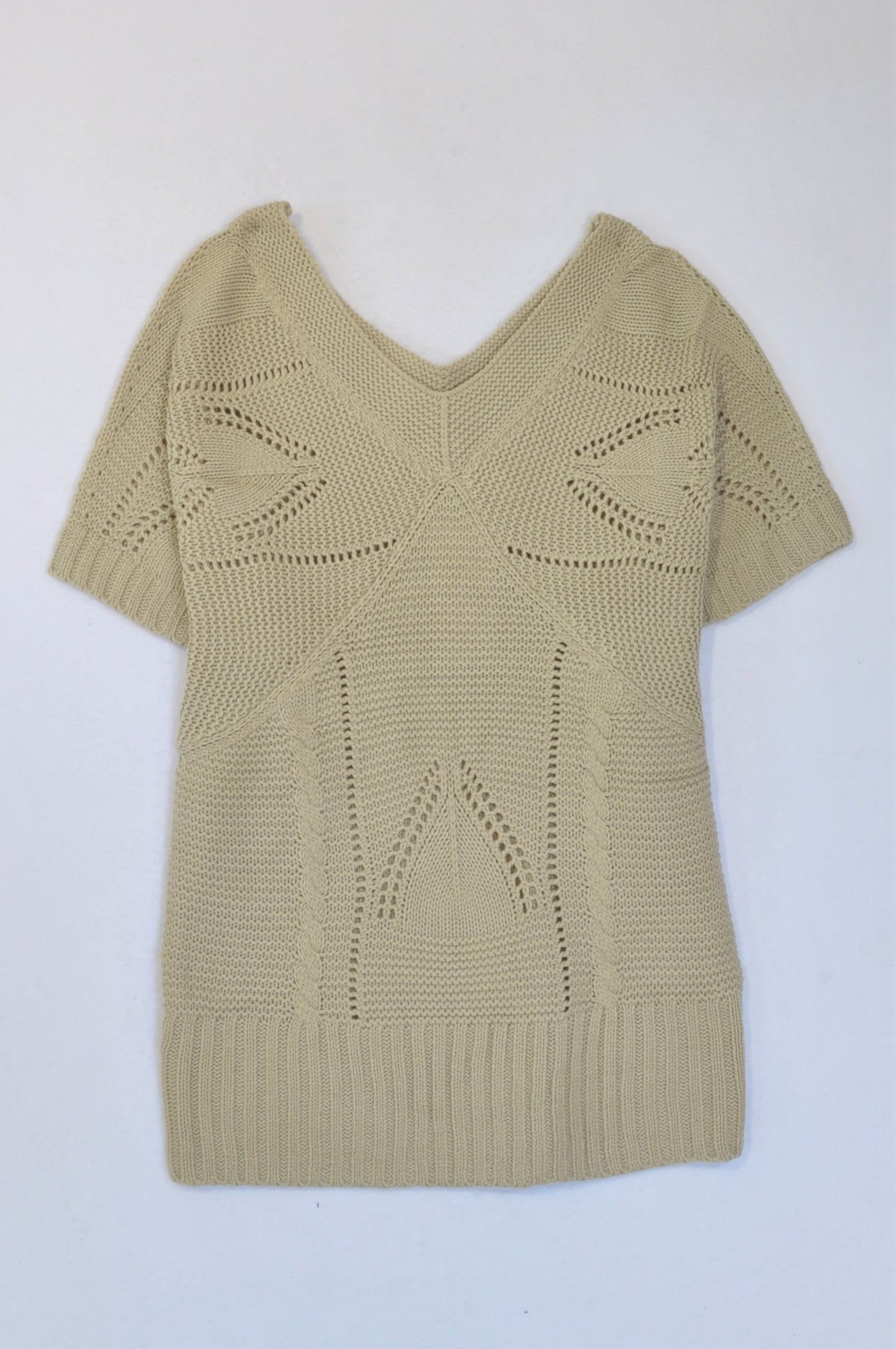 New G.Couture Cream VNeck Pattern Jersey Women Size M