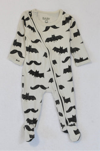 Cotton On White Black Bats Onesie Boys 0-3 months