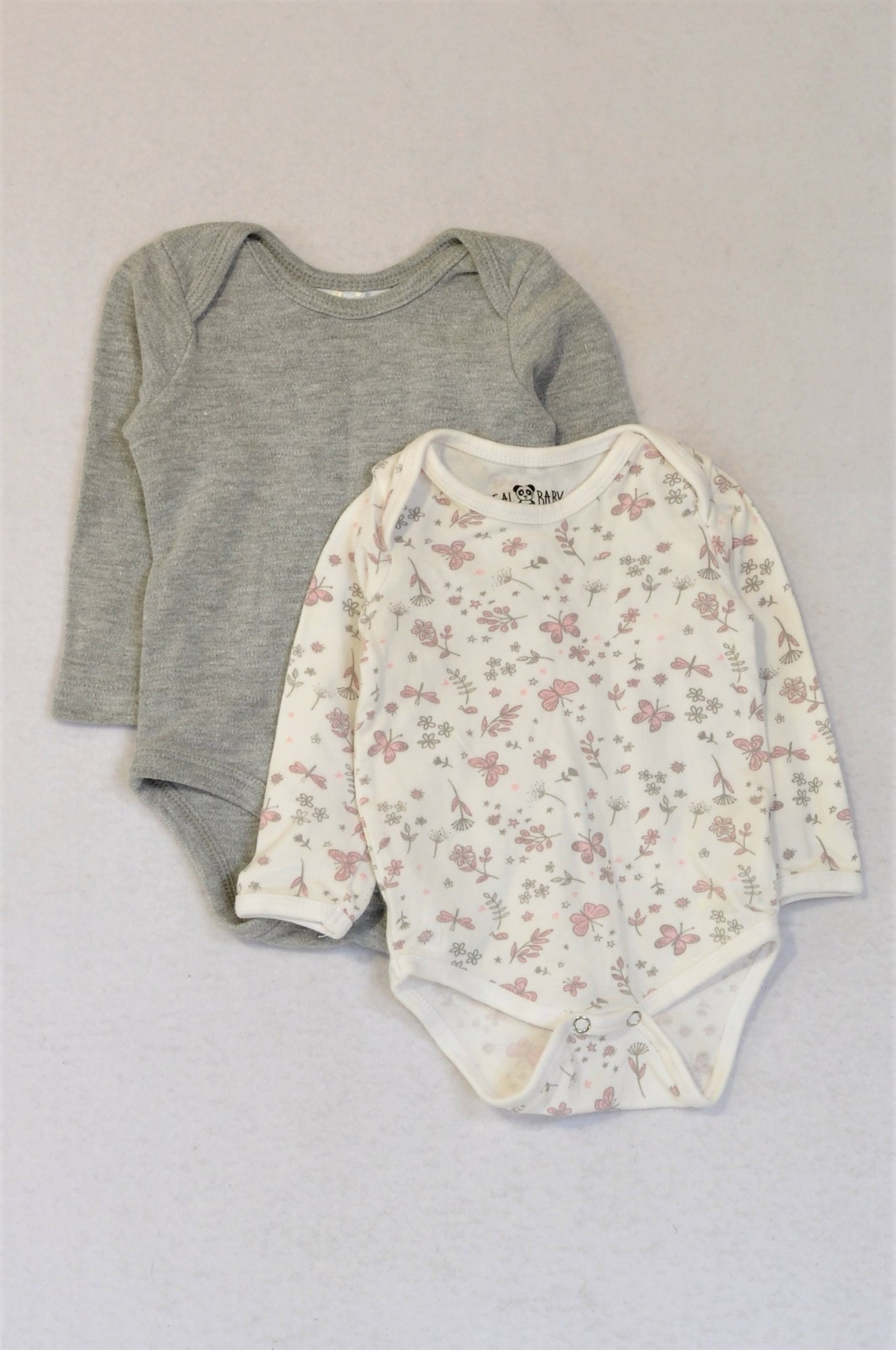 Pick 'n Pay Set of 2 Grey And White Butterfly Long Sleeve Baby Grow Girls 0-3 months