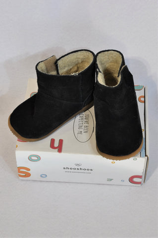 Shooshoos Size 7 Black Fleece Lined Leather Boots Unisex 2-3 years