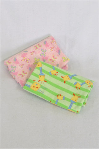 Ackermans Set Of 2 Pink Butterfly And Green Giraffe Blankets Girls N-B to 2 years