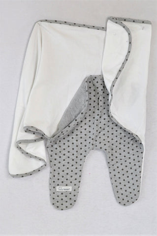 Baby Sense White With Grey Dotted Swaddle Wrap Unisex N-B to 1 year
