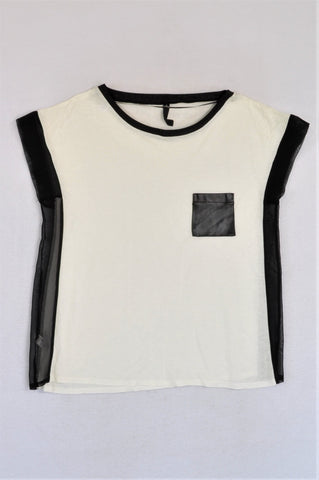 New Woolworths White & Black Mesh Sides T-shirt Women Size S