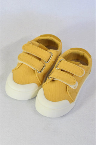 Cotton On Mustard Velcro Strap Shoes Boys Children Size 8