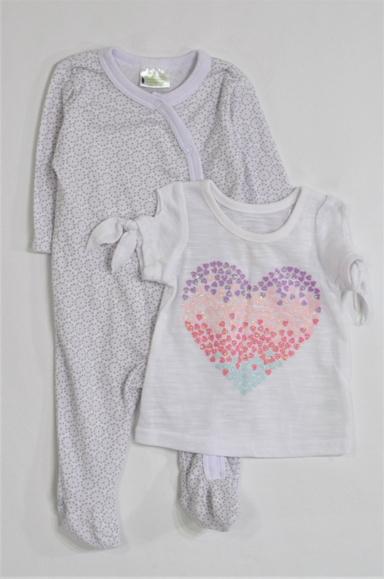 Pep Pack Of 2 White Heart T-Shirt And White & Grey Patterned Onesie Girls 0-3 months