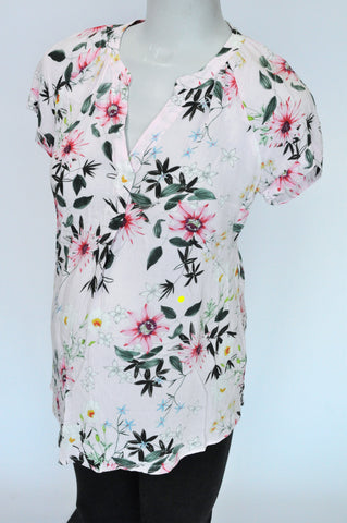 H&M Pink Floral V Neck Short Sleeve Maternity Blouse Size S