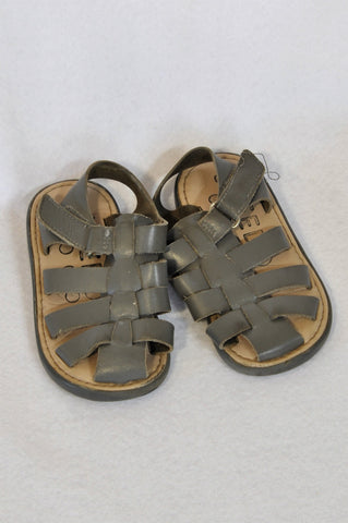 Keedo Size 6 Grey Leather Strappy Velcro Sandals Boys 18 months to 3 years