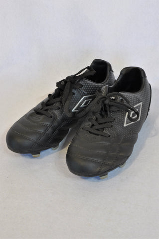 Umbro Size Youth 3 Black Silver Detail Soccer Stud Shoes Unisex 6+ years