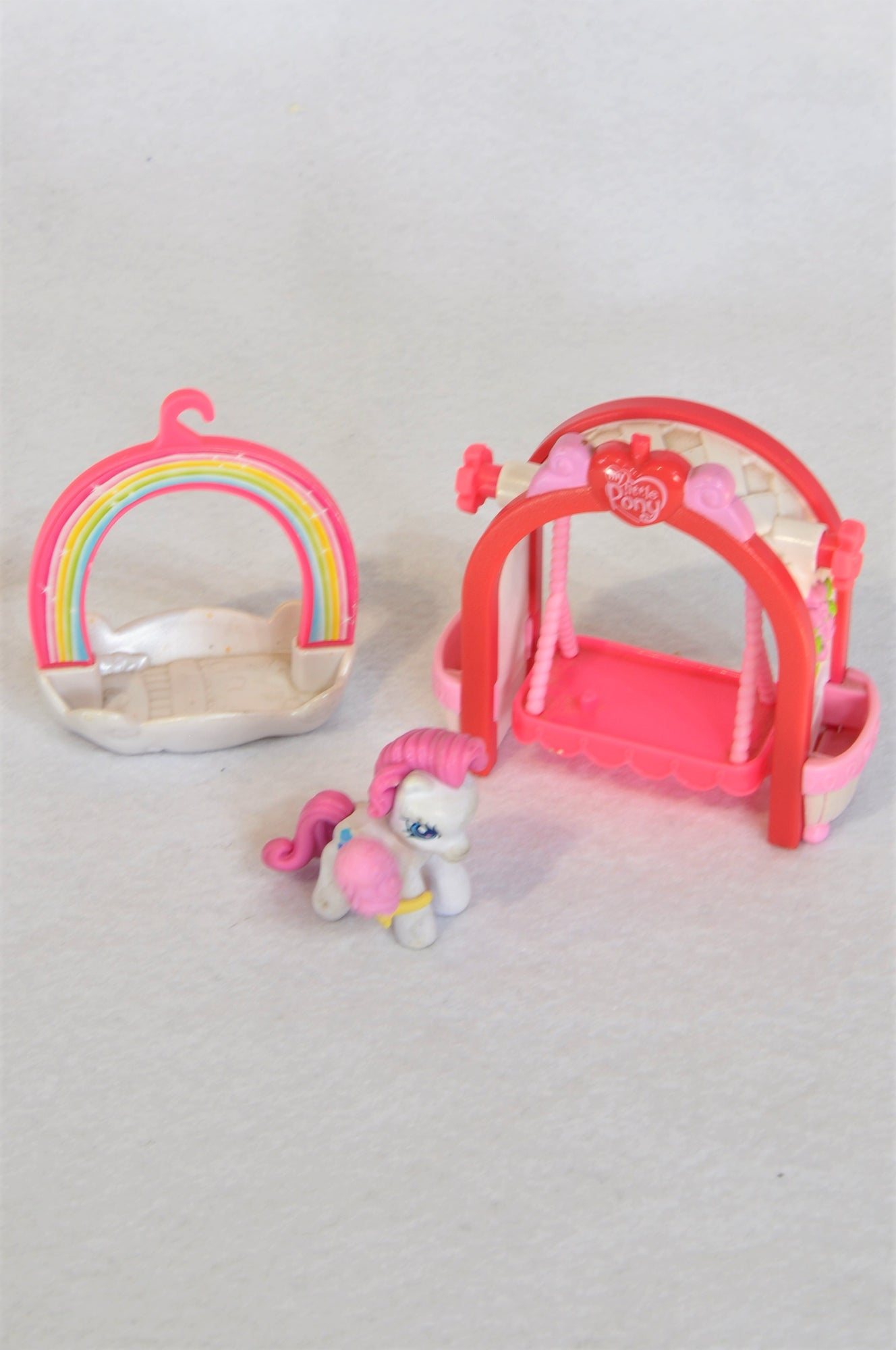 Hasbro My Little Pony Arch Swing , Pony With Ice Cream & Rainbow Arch Bed Toy Girls 3-10 years