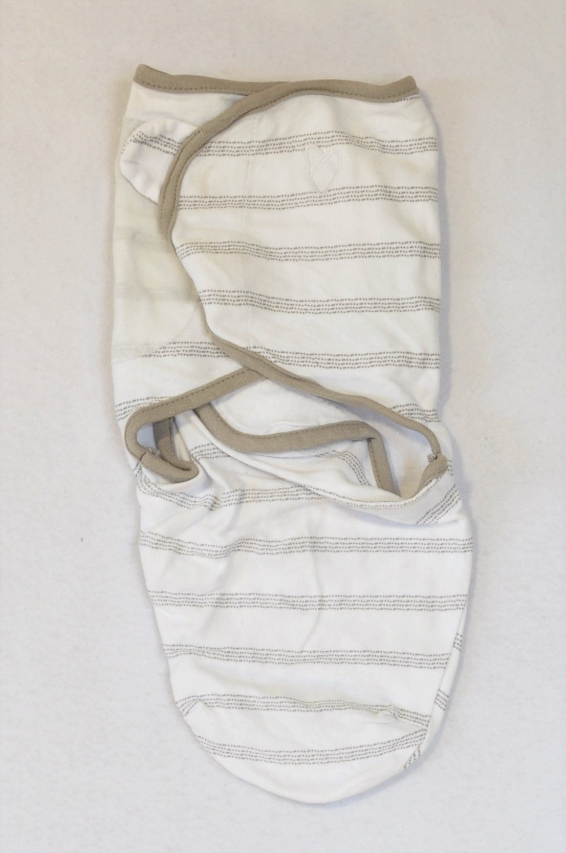 Swaddle Me White & Grey Trim Pin Dot Stripe Swaddle Wrap Unisex 0-3 months