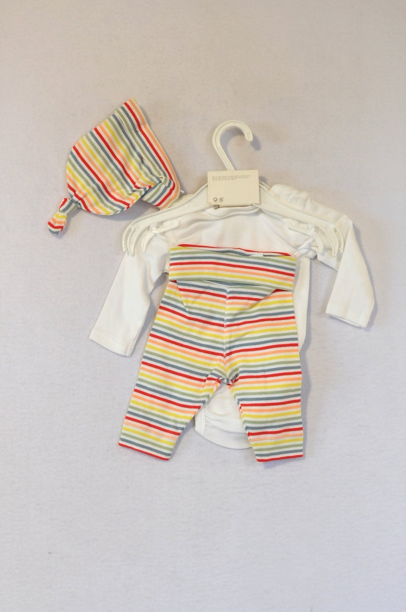New H&M Me Love You Babygrow, Striped Leggings & Beanie Outfit Girls 0-3 months