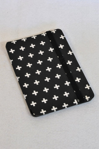 3Sixt Black Cross Tablet Phone Cover Unisex 8+ years