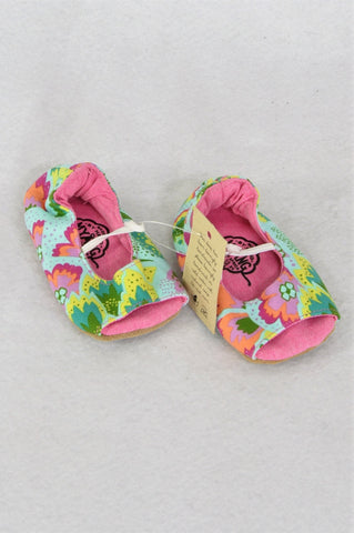 New Myang Blue Pink Green Peep-Toe Shoes Girls Infant Size 2