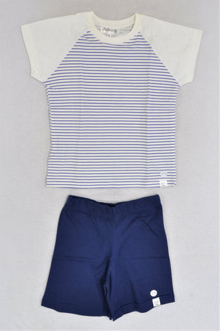 New Kutie Boy Navy & White Raglan Short Sleeve T-Shirt & Navy Shorts W/ Blue Small Dotty Cloth Bag Pyjamas Boys 3-4 years