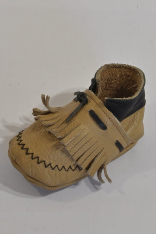 Light Brown Leather Moccasin Tassel Shoes Unisex 6-9 months