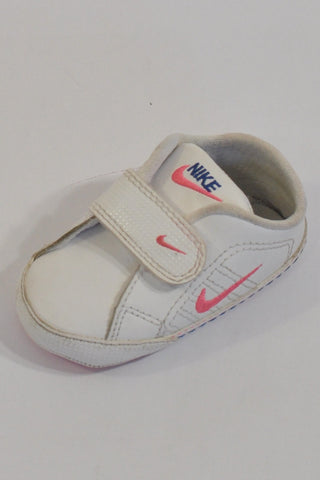 White And Pink Nike Soft Trainer Shoes Girls 3-6 months