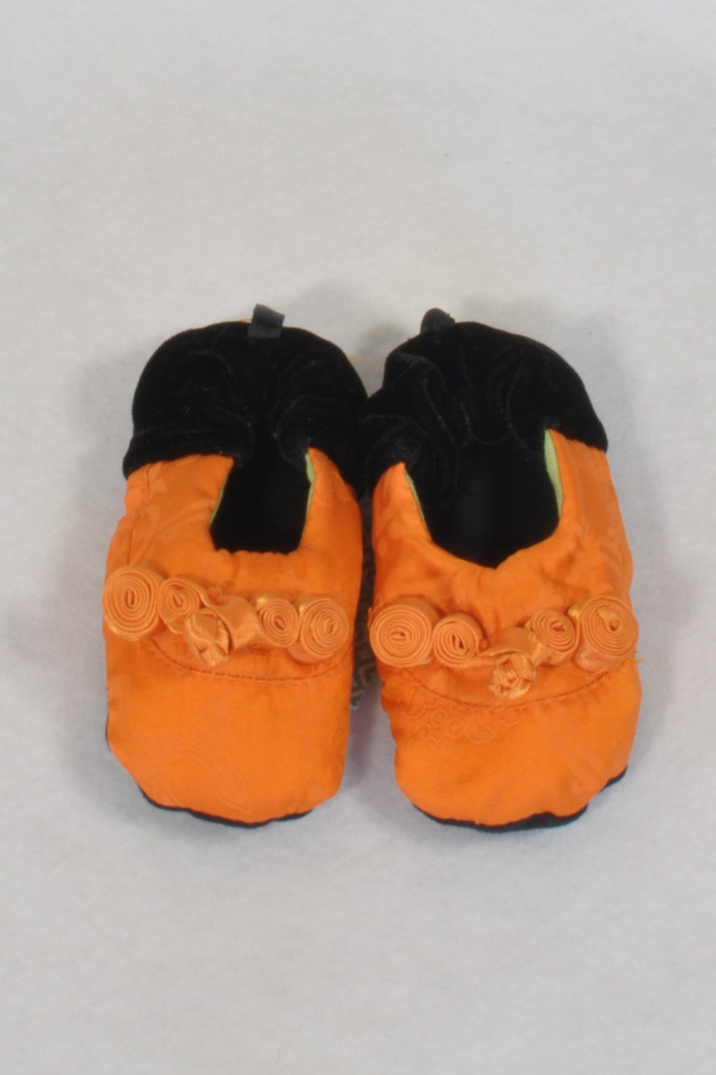 New Unknown Brand  Asian Orange And Black Velvet Softsole  Shoes Girls 3-6 months
