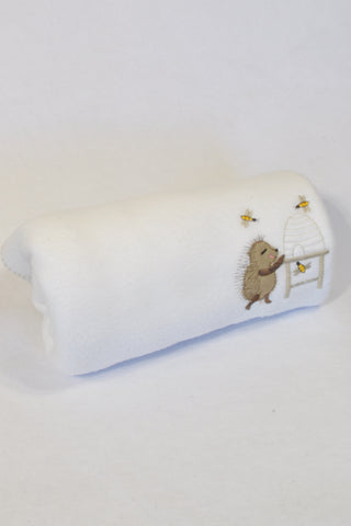 Tom & Bella White Fleece Hedgehog Blanket Unisex Newborn