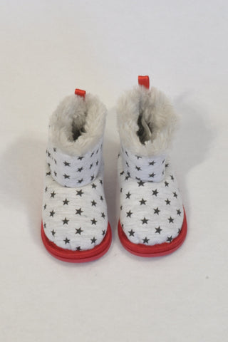 New Ackermans Grey Star Faux Fur Size 2 Boots Boys 6-9 months