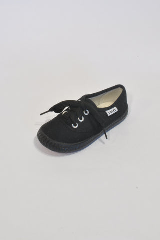New All Black Tomy Takkies Shoes Unisex 2-3 years